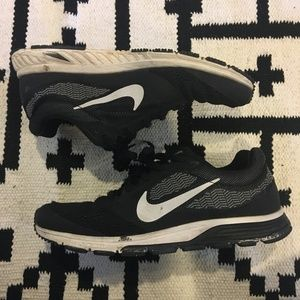 Nike Shoes - Nike zoom fly 2 black running shoes